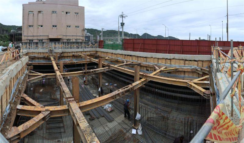 小愉兒興建社區家園計畫 地下室鋼筋鋪設